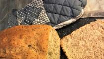 Domácí lněný chléb